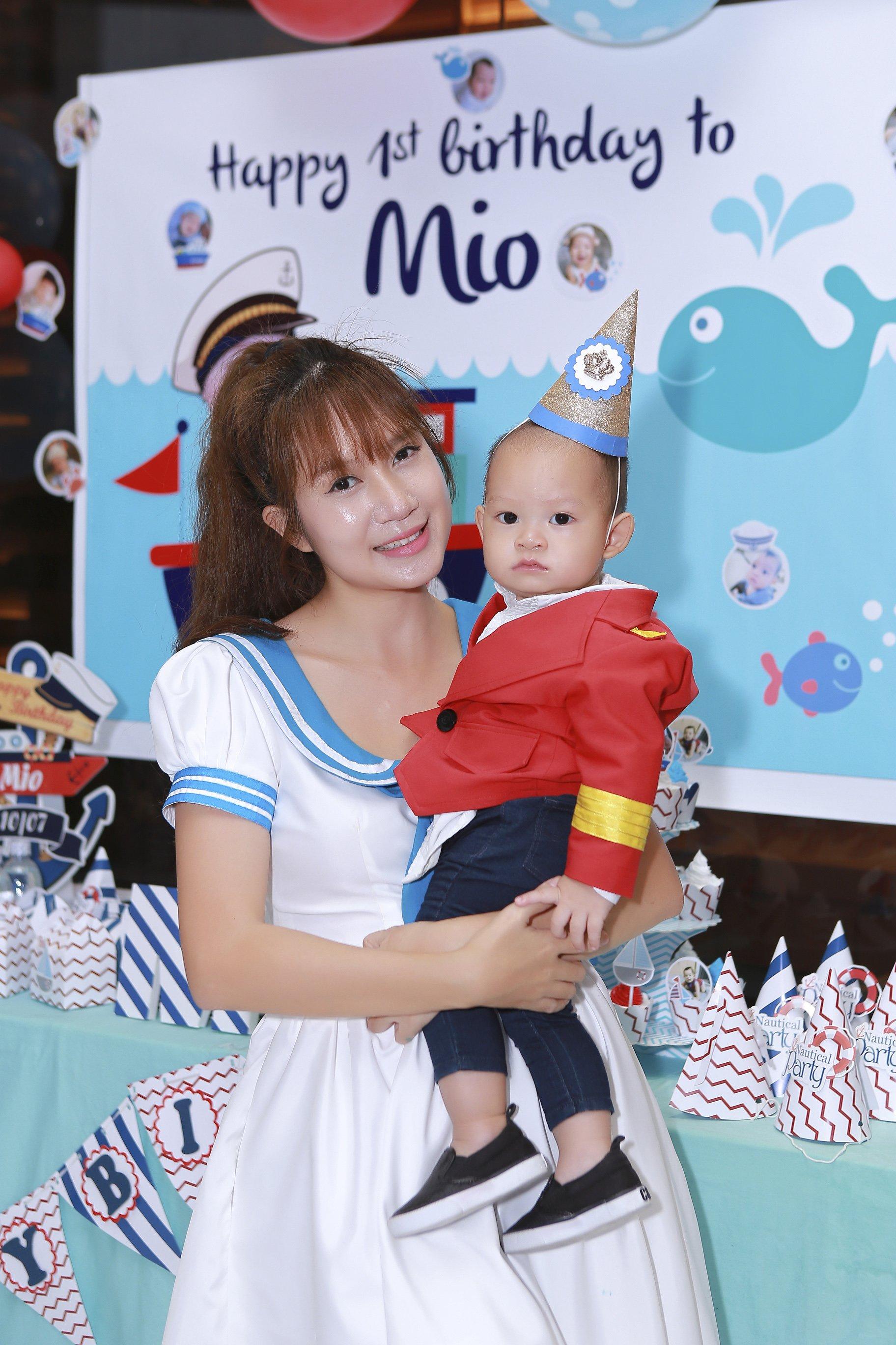 Hình ảnh Vợ chồng Lý Hải tổ chức sinh nhật rình rang cho con thứ tư số 2