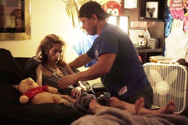 Nữ diễn viên chỉ còn da bọc xương, nhờ cư dân mạng giúp đỡ và điều kỳ diệu đã đến 4