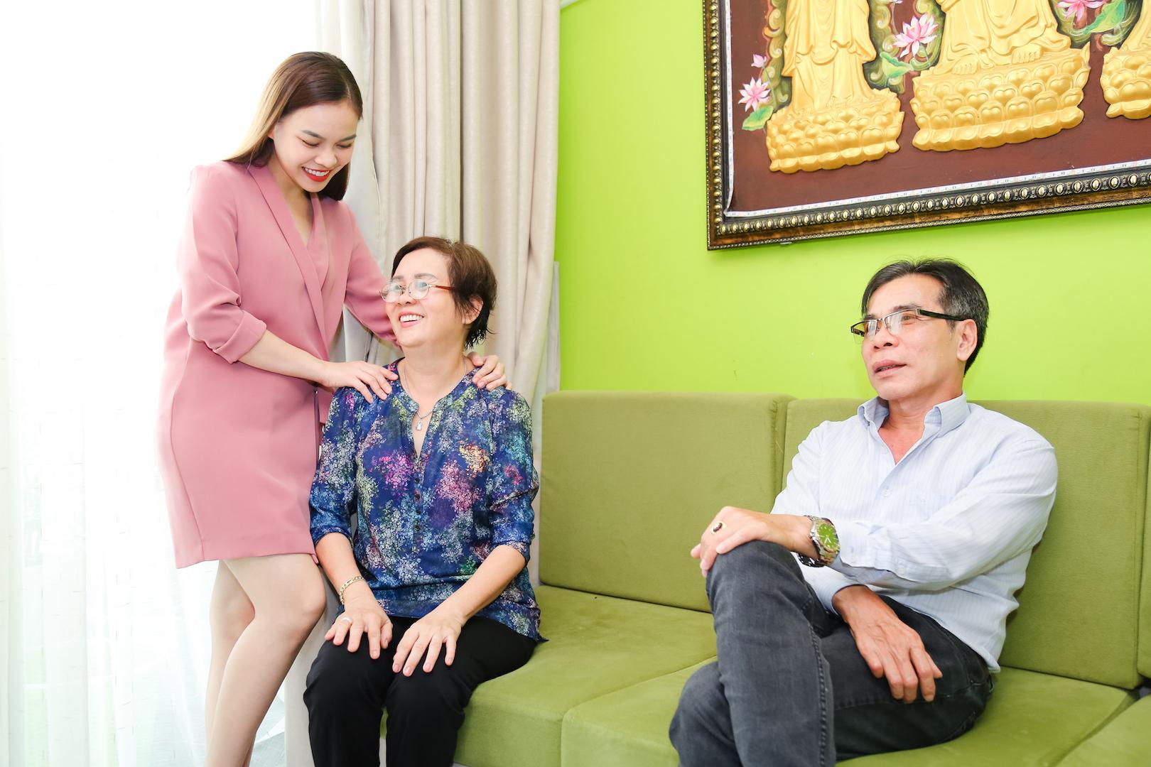 Hình ảnh Quá cần tiền, Giang Hồng Ngọc buộc phải bán nhà số 3