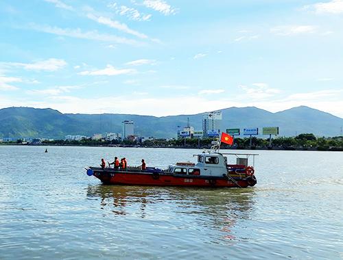 Cứu thiếu nữ nhảy sông Hàn, nam thanh niên mất tích 1