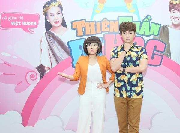 """Việt Hương – Ngô Kiến Huy """"gõ đầu trẻ"""" trong gameshow mới 1"""