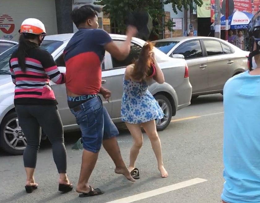 Khởi tố thanh niên đập MBH vào đầu cô gái sau va chạm giao thông 1