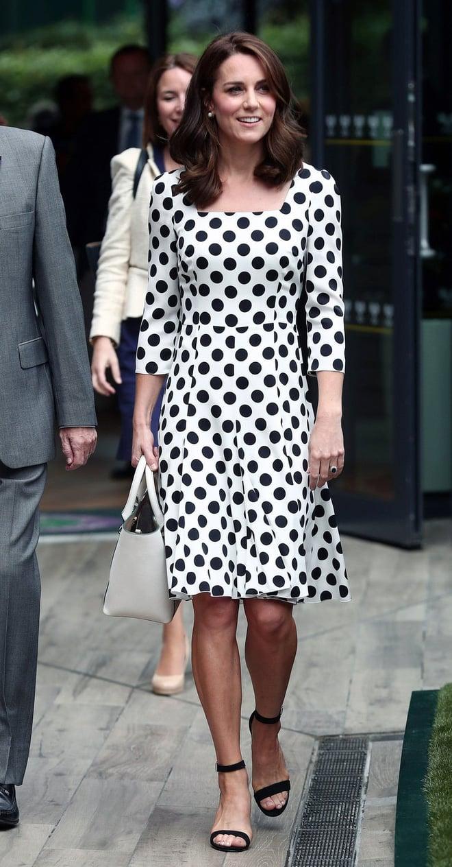Tập trung vào 6 nguyên tắc này, Công nương Kate cứ mặc đẹp mãi không thôi! 6