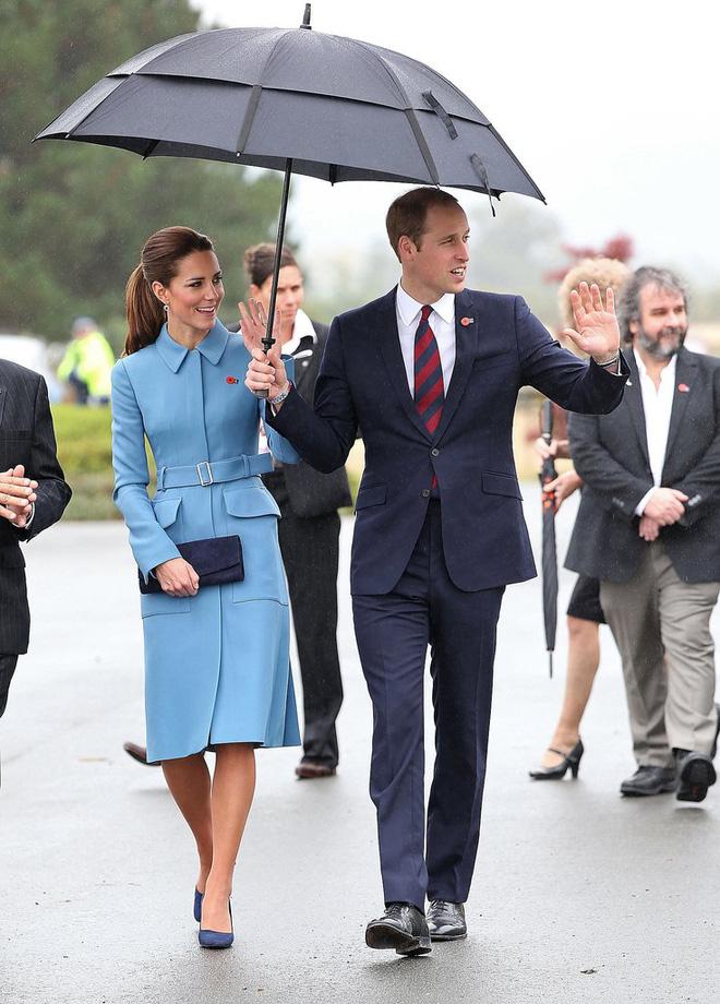 Tập trung vào 6 nguyên tắc này, Công nương Kate cứ mặc đẹp mãi không thôi! 16