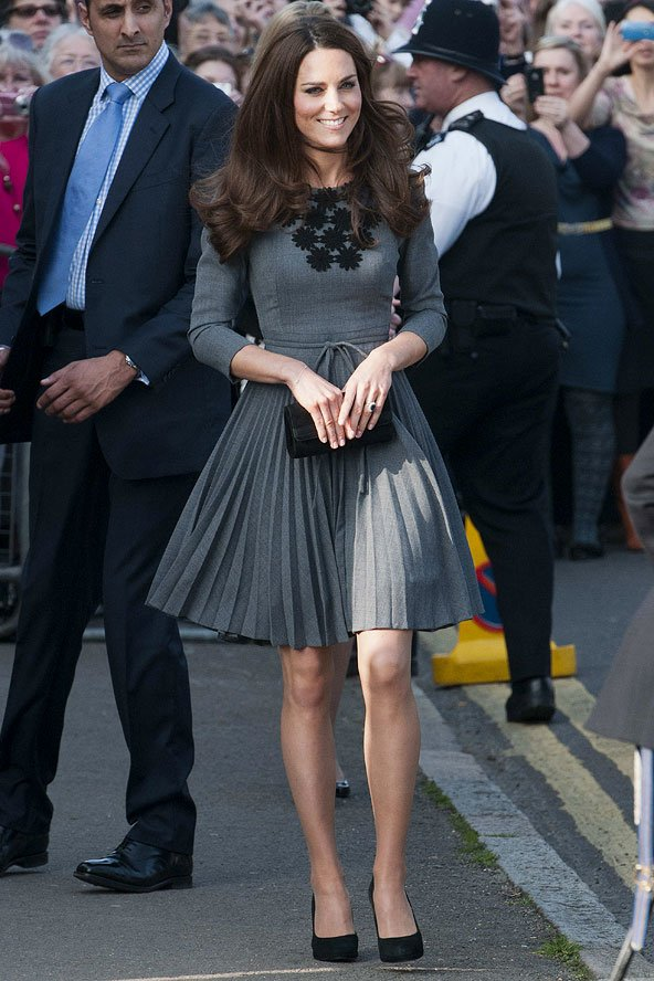 Tập trung vào 6 nguyên tắc này, Công nương Kate cứ mặc đẹp mãi không thôi! - Ảnh 22.