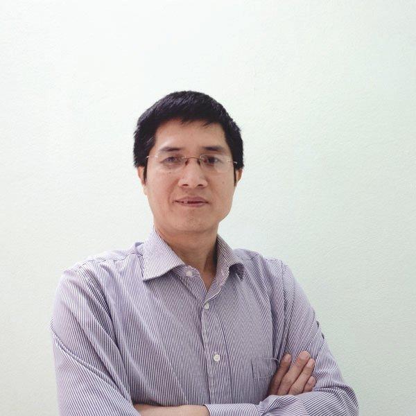 Chuyên gia hiến kế giúp Hà Nội hết tắc đường: Bỏ xe máy đi, tạo điều kiện cho toàn dân sở hữu ô tô - Ảnh 1.