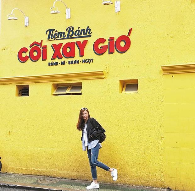 Bức tường vàng này chính là địa điểm check-in hot nhất Đà Lạt hiện tại! 4