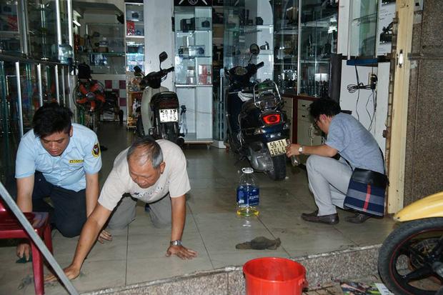 Quán trà sữa của Phạm Hương liên tục bị ném mắm tôm, sơn đen sau khai trương  3