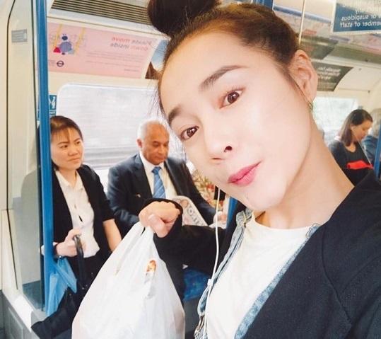 Thất tình, Nhã Phương đột ngột rời Việt Nam đi du học ở Anh? 4
