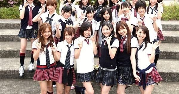 Tại sao vi phạm quy định nhưng nữ sinh Nhật Bản vẫn