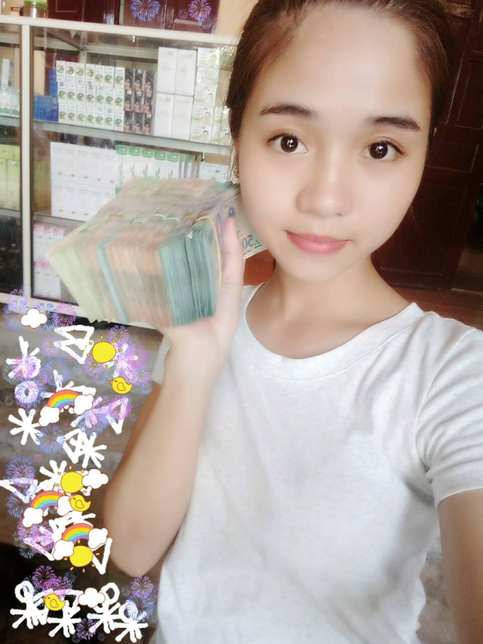Hình ảnh Nữ sinh viên năm nhất kiếm hàng chục triệu đồng mỗi tháng nhờ kinh doanh mỹ phẩm số 3