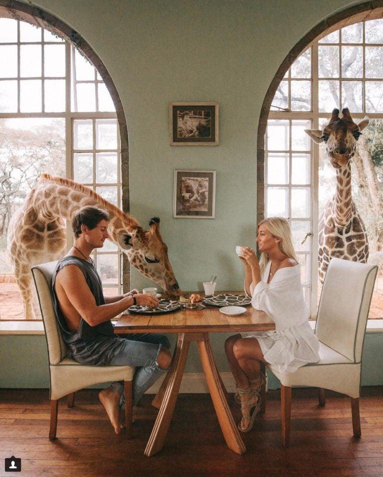 Hình ảnh Cặp đôi blogger kiềm 200 triệu cho 1 bức hình đăng trên Instagram chỉ bằng đi du lịch số 5