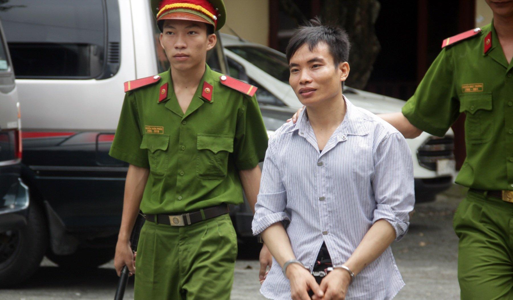 Vận chuyển 2,4kg ma túy, nam thanh niên quốc tịch Lào vẫn thoát án tử 1