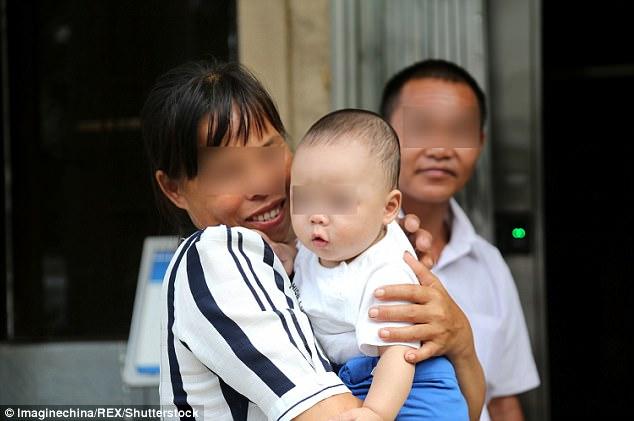 Đau lòng ông nội tiếp tay cho con trai bán cháu ruột của mình 2