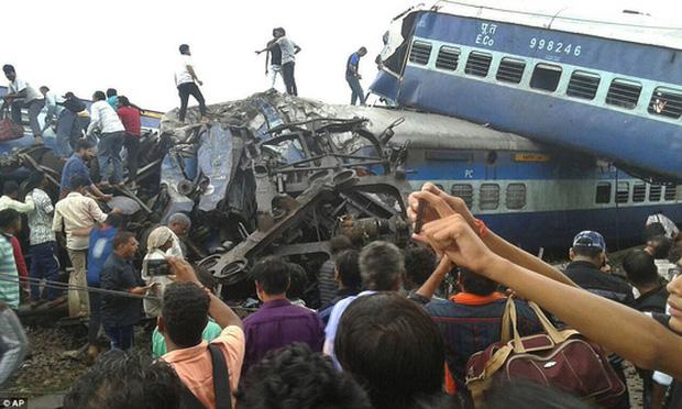 Tai nạn tàu hỏa thảm khốc khiến ít nhất 23 người thiệt mạng và 72 người bị thương 2