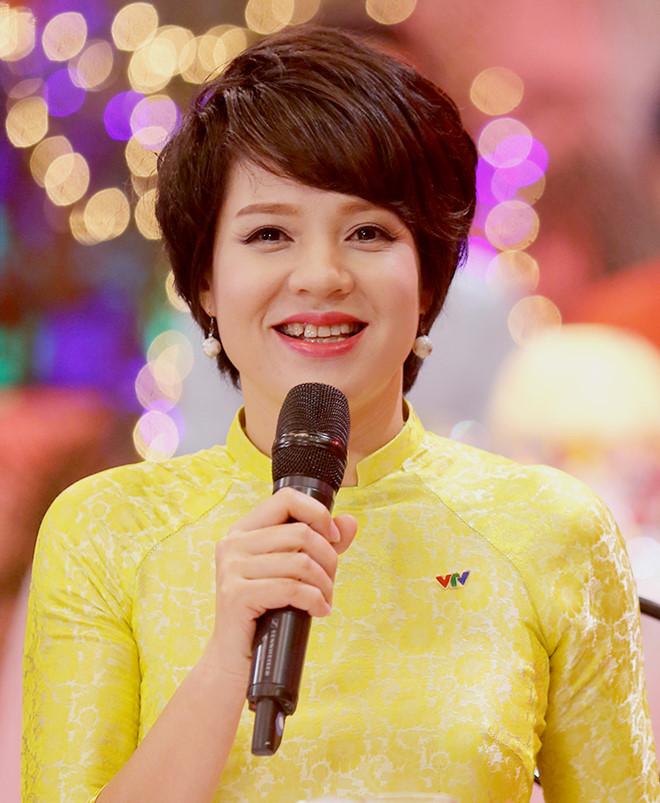 MC Diễm Quỳnh thay Tạ Bích Loan làm trưởng ban VTV6 1