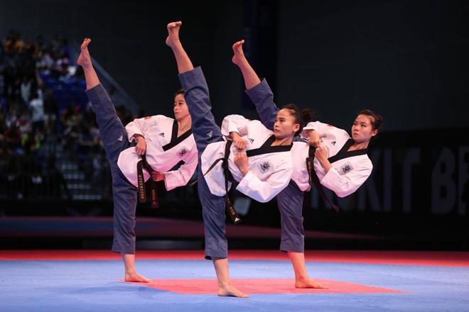 SEA Games 29 ngày 26/8: Điền kinh và dàn hotgirl taekwondo giật 3 HCV 1