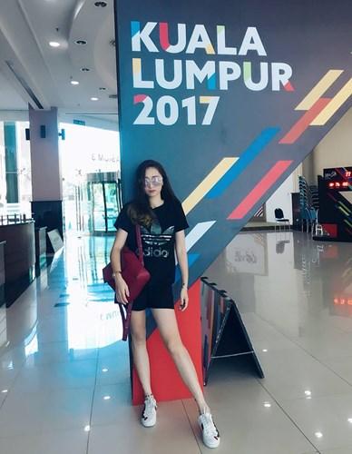 HLV thể dục nghệ thuật Việt xinh như hotgirl tại SEA Games 4