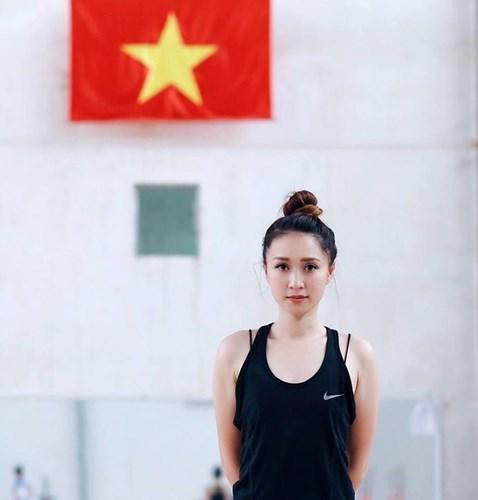 HLV thể dục nghệ thuật Việt xinh như hotgirl tại SEA Games 1