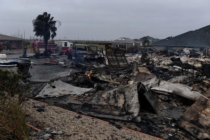 Siêu bão tàn phá bang Texas, Tổng thống Trump tuyên bố thảm họa 4
