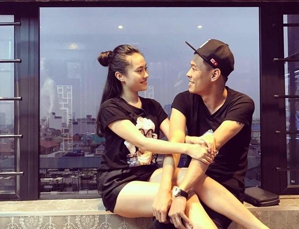 Bạn gái xinh như hot girl của nam diễn viên xấu nhất Việt Nam 3
