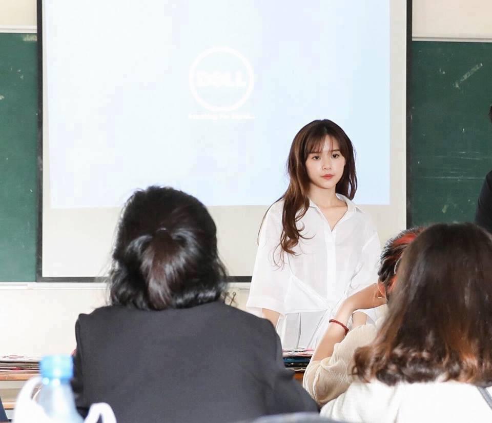 Midu khoe làm giảng viên chính thức mặc bảng điểm bết bát thời sinh viên 2