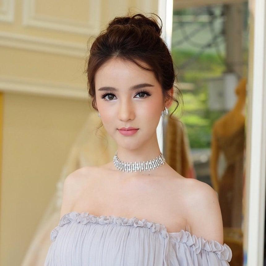 Vẻ đẹp đến mức khó tin của Hoa hậu chuyển giới Thái Lan 2017 2