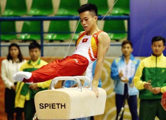 Sau khi gây sốc, sao Việt không hiểu nổi mình vừa làm gì ở SEA Games 4