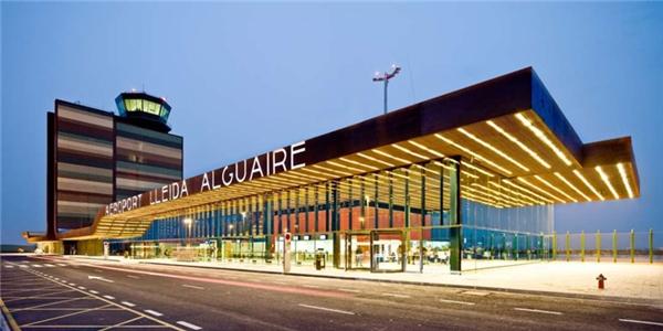 Hình ảnh Những sân bay có thiết kế 1-0-2 khiến du khách mê mẩn số 5
