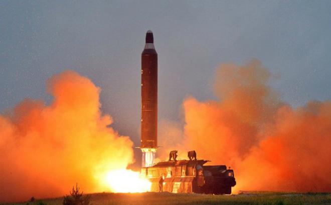 Lý giải nguyên nhân Mỹ phản ứng yếu ớt trước vụ phóng tên lửa của Triều Tiên 1