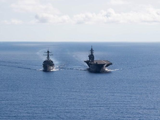 Mỹ tăng cường thách thức Trung Quốc ở Biển Đông bằng chiến hạm, máy bay 1