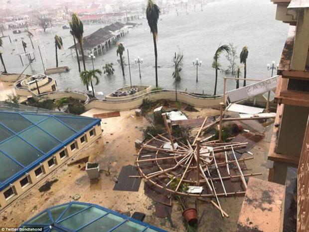 Siêu bão cấp 5 Irma biến một đảo ở Caribe thành đống đổ nát 7