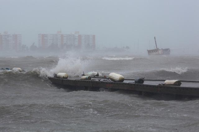 Sức hủy diệt khủng khiếp của siêu bão Irma mạnh nhất Đại Tây Dương 5