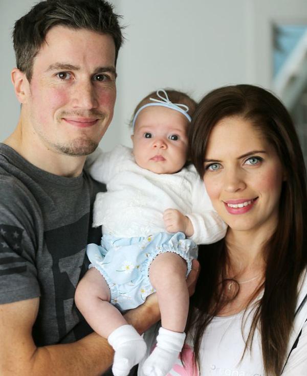 Mẹ bầu mắc hội chứng lạ, ốm nghén suốt 9 tháng từng nghĩ đến chuyện bỏ con 1