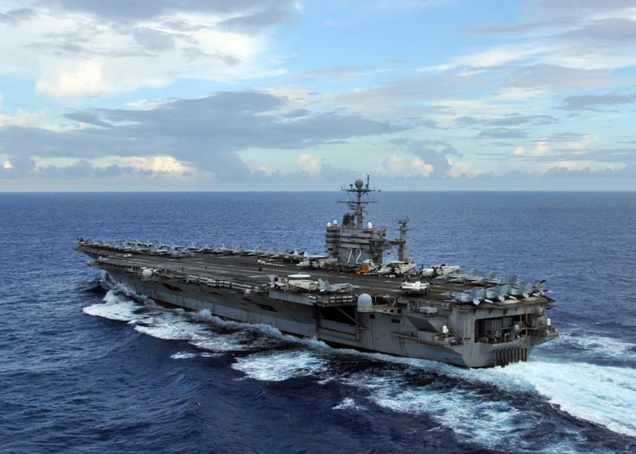 Mỹ điều tàu sân bay tới khu vực bị siêu bão Irma tàn phá 1