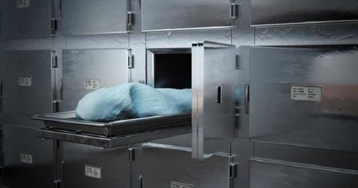 Hình ảnh Cô gái bất ngờ sống dậy sau khi bị đưa vào nhà xác khiến nhiều người hoảng sợ số 1