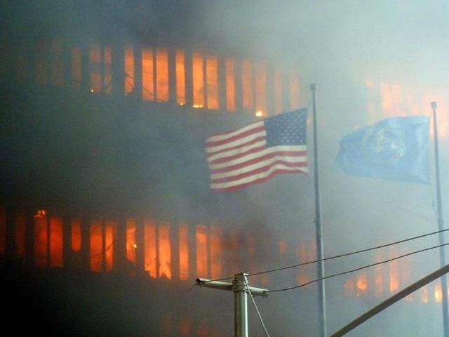 Hình ảnh Nhìn lại những bức hình gây ám ảnh nhất trong vụ khủng bố 11/9 số 7