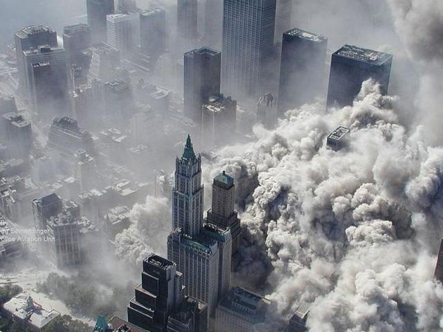 Hình ảnh Nhìn lại những bức hình gây ám ảnh nhất trong vụ khủng bố 11/9 số 12