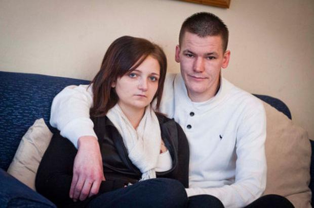 Hình ảnh Bà mẹ trẻ nhất nước Anh mang thai khi mới 11 tuổi giờ ra sao? số 3