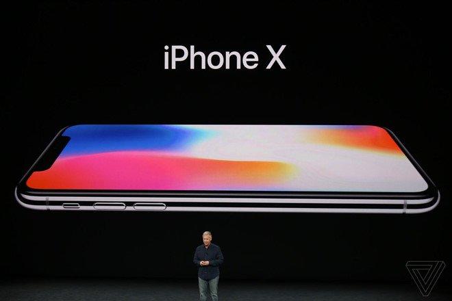 Hình ảnh iPhone X loạn giá tại Việt Nam dù chưa ra mắt trên thị trường số 1