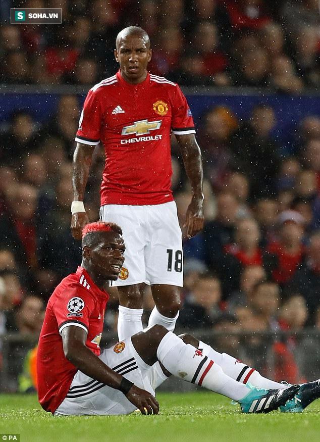 Man United thắng đậm, Mourinho vẫn