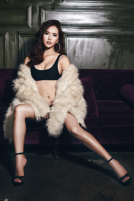 Bella Mai thay thế Ngọc Vân dự thi Hoa hậu du lịch hoàn vũ 2017 vào phút chót 4