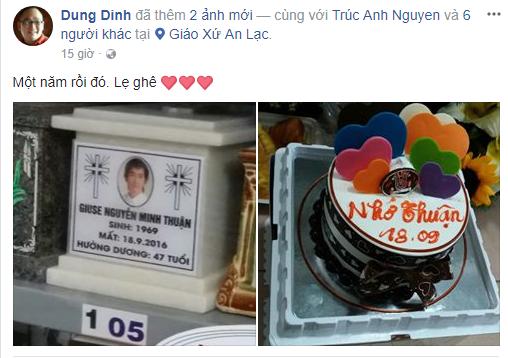 Các nghệ sĩ đến viếng phần mộ của Minh Thuận tưởng nhớ ngày anh mất 2