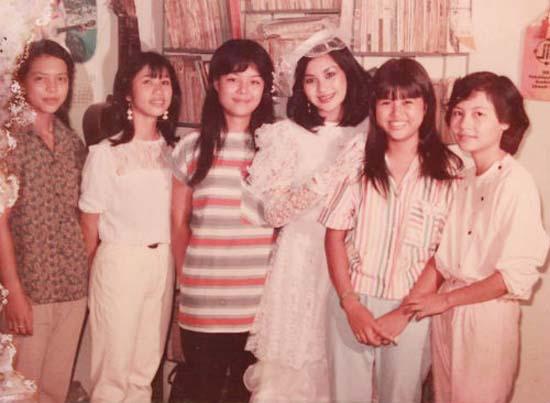 Ngỡ ngàng ảnh cưới thập niên 70, 80 của Hoài Linh, Xuân Hinh, Diễm My, Như Quỳnh 8