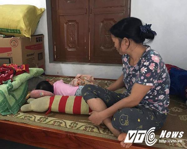 Nỗi đau của cha mẹ bé gái bị ông lão 81 tuổi xâm hại ở Quảng Ninh 1