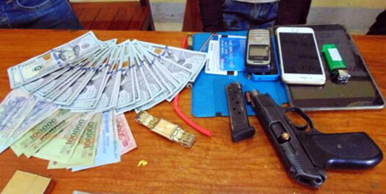 Đối tượng vận chuyển ma túy bắn trả CSGT khi bị truy đuổi 1