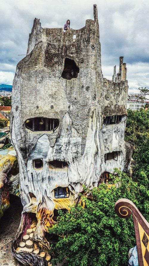 Cận cảnh những ngôi nhà kì quái ở Việt Nam 1