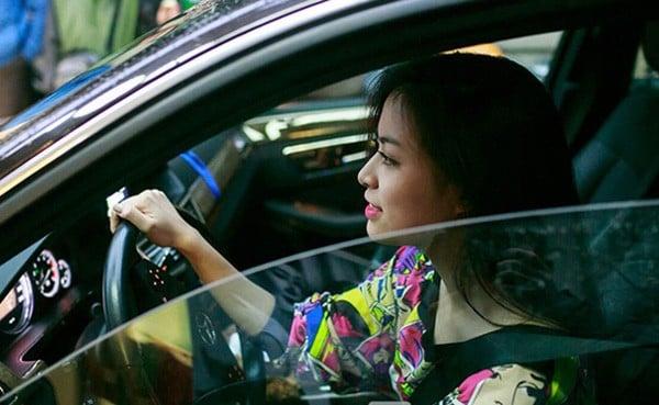 Cuộc sống trái ngược của Việt Dart và Hoàng Thùy Linh sau 10 năm lộ clip nóng 7