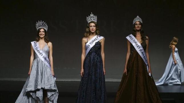 Hoa hậu Thổ Nhĩ Kỳ liên quan tới đảo chính bị tước vương miện 1