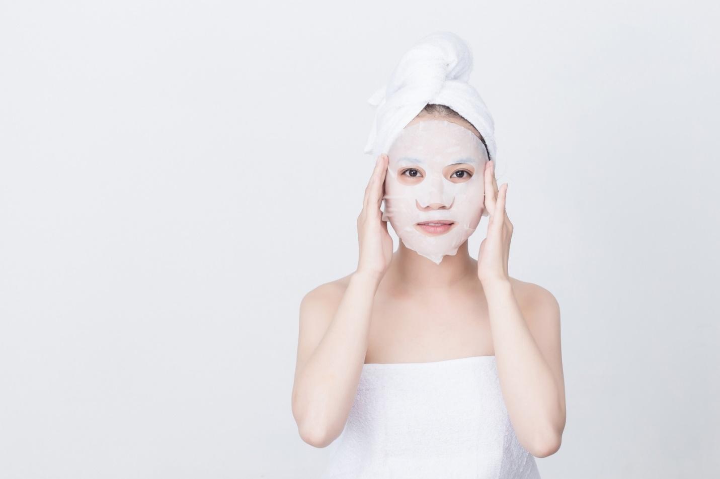 Hình ảnh Theo trào lưu đắp mặt nạ học Phạm Băng Băng nhưng bạn đã biết dùng đúng cách? số 3